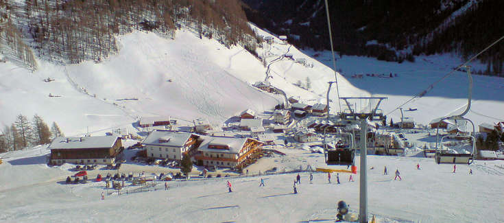 Skiing holidays at Riva di Tures